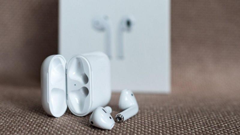 Apple анонсировала дату выхода новых AirPods