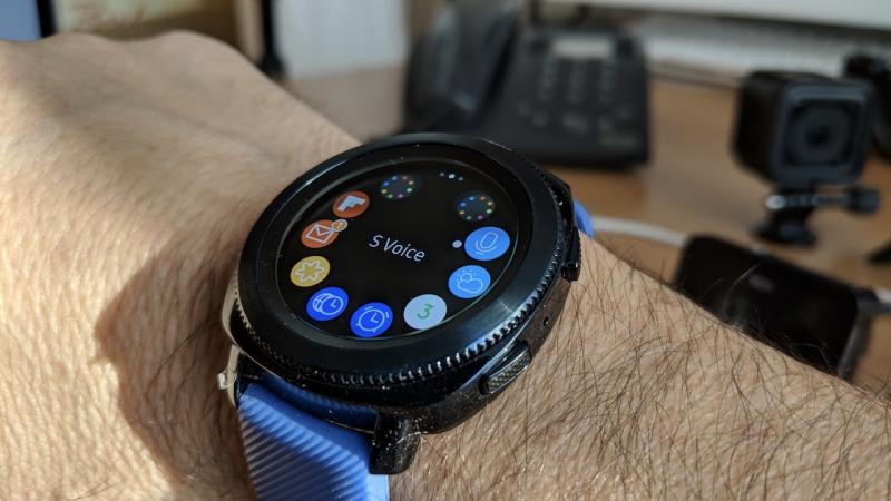 Новые умные часы Samsung