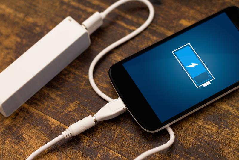Эксперты рассказали, почему зарядка до 100% вредна для смартфонов