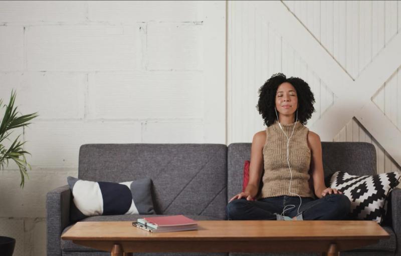 медитация дома с помощью приложений